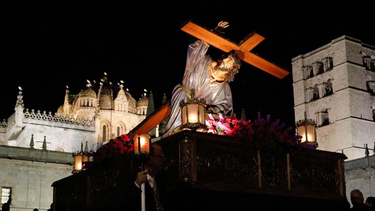 Jesús en su tercera caída